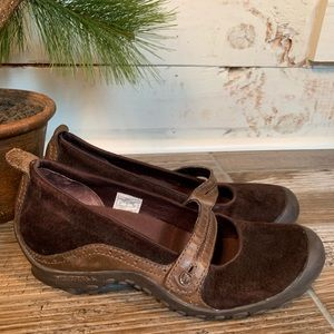 Merrell Circuit Chocolate Suede Mary-Janes QForm